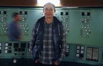 Roman Khandozhko im Kontrollraum von Ågesta